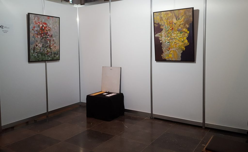 Riebo Rietema Abstract Paintings 'Red' and 'Yellow' on Art Fair Kunstraffinaderij, Nijmegen, The Netherlands, 2019.